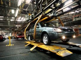АвтоВАЗ допустил приостановку поставок Lada на европейский рынок