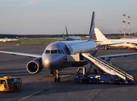 «Аэрофлоту» разрешили купить сотню самолетов Boeing и Airbus