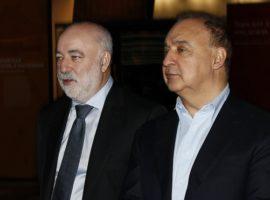 Вексельберг сообщил об ограничении общения с Блаватником из-за санкций