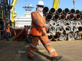 Правительство обязало нефтяников отчитаться об использовании старых труб