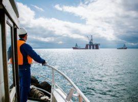 Правительство подготовит закон о допуске на шельф частных нефтяников