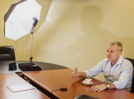 Адвокат сообщил об изъятии у основателя «Рольфа» фото с Немцовым