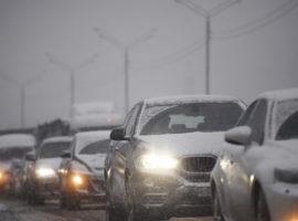 «Коммерсантъ» сообщил о росте цен на автомобили на фоне снижения спроса